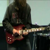 Viral Video Throwdown:  Guitar Noise