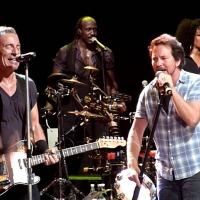 Pure Awesome! Bruce Springsteen Plays AC/DC's Highway to Hell In Austrailia