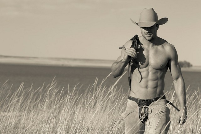shirtless-sexy-cowboy-walking-in-a-field-in-New-Mexico