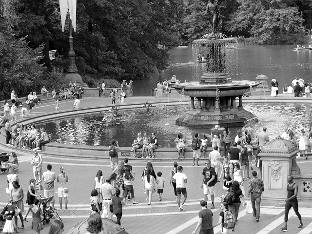 fountain people central park